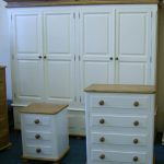 almari 4 pintu satu set minimalis putih terbaru