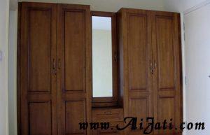 Almari Baju Kaca 4 Pintu Minimalis Kayu Jati