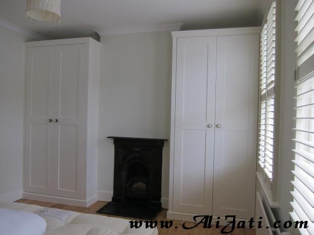 almari pakaian 2 pintu 2 set minimalis cat putih