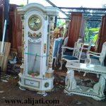 jam hias cantik cat duco putih terbaru