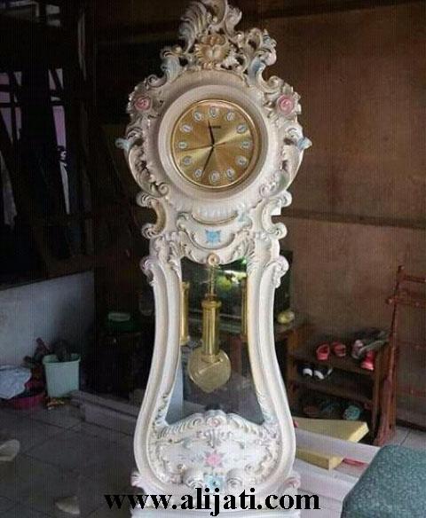 jam hias minimalis kayu jati cat duco putih