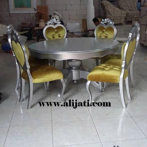 meja makan model klasik ukir jepara terbaru