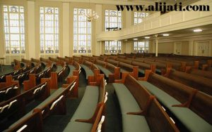 Bangku Gereja Desain Lengkung Jati Jepara