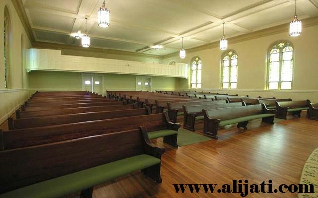 bangku gereja jok semi bludru kayu jati minimalis