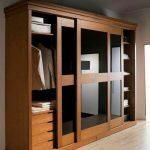 lemari pakaian minimalis 3 pintu sleding