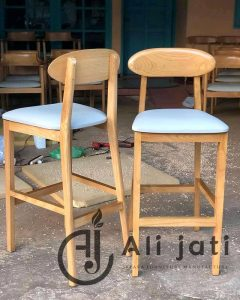 Kursi Cafe Keren Model Terbaru Kayu Jati Minimalis